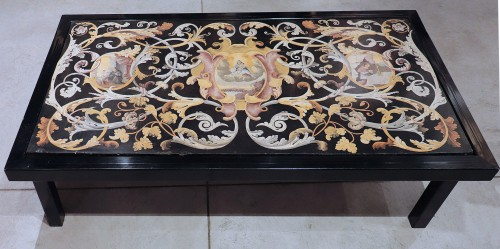 Polychrome scagliola's Table, Italy (Carpi) 17th century - Decorative Objects Style Louis XIV
