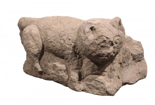 "Stone sculpture ""Feline animal"", 15th century"