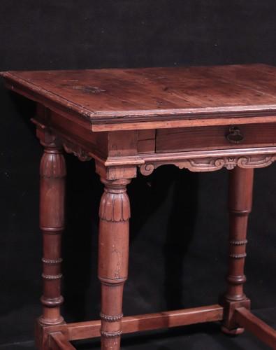Walnut Table, Florence, 16th Century -