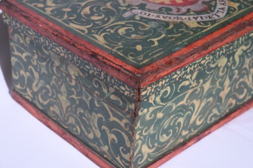 17th century - Lacquered box, Tuscany 17th century