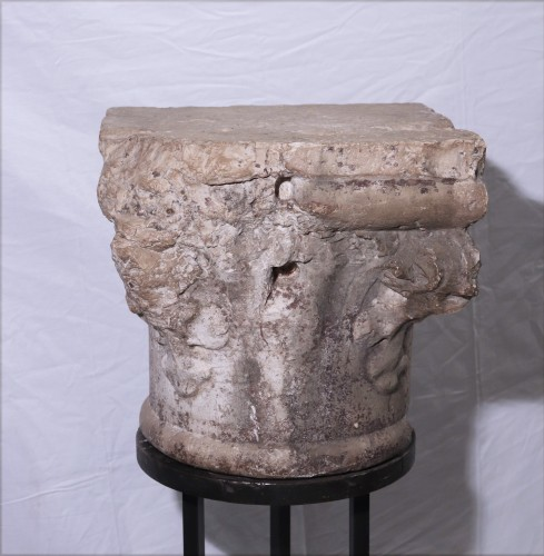 Stone Capital, Venice, 15th Century - Middle age