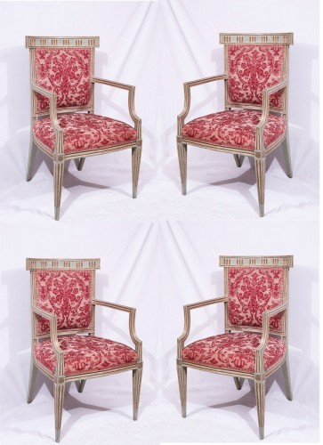 Louis XVI - 4 Lacquered and gold armchairs, Tuscany late 18th century