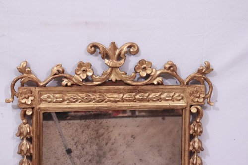 Gilded Mirror, Tuscany, 18th century - Mirrors, Trumeau Style Louis XVI