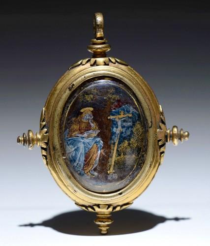 16th cent. verre eglomise devotional pendant depicting the Annunciation - Objects of Vertu Style Renaissance