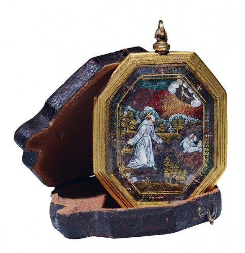 Verre eglomise devotional pendant depicting Sts. Francis and Claire