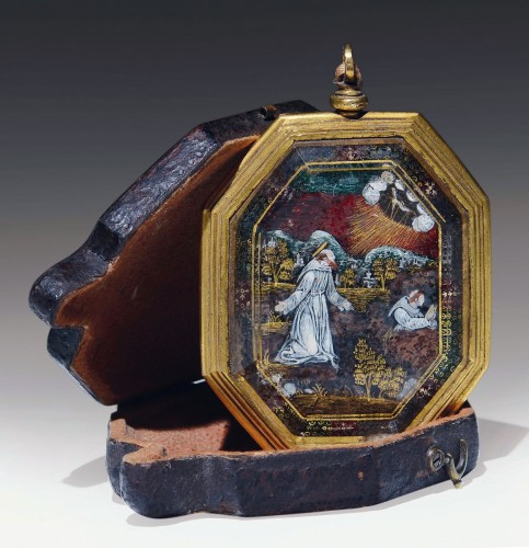 Verre eglomise devotional pendant depicting Sts. Francis and Claire -