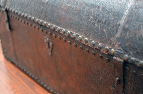 Furniture  - Impressive 18th century Italian studded leather storage trunk