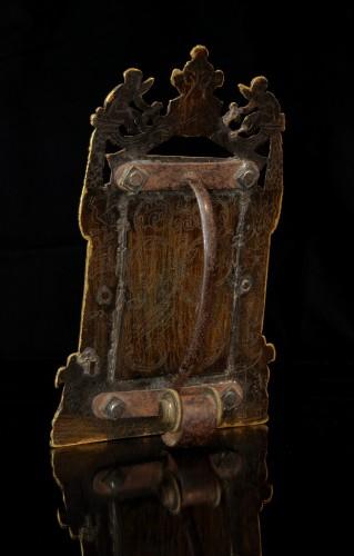 Sculpture  - An elaborate gilt bronze pax of the Risen Christ dated 1557
