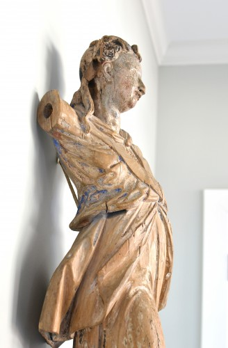 17th century - 17th century Bavarian limewood statue of an Angel