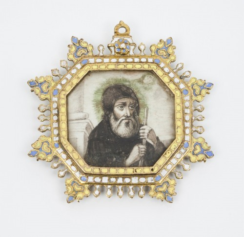 Religious Antiques  - A 17th century Spanish devotional pendant