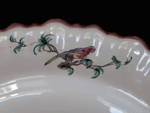 """Porcelain & Faience  - Dish """"aux chinois"""" Moustiers - XVIIIth century"""
