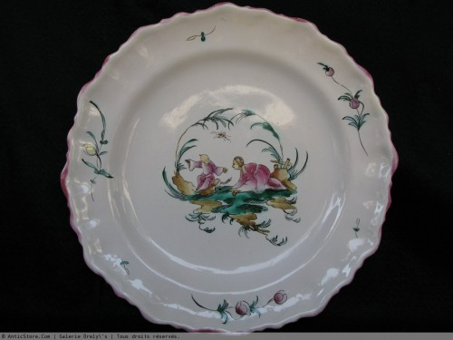 Antiquités - Moustiers Faience plate to Chinese - 18th century