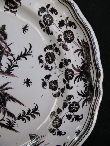 Porcelain & Faience  - 18th century MOUSTIERS Plate