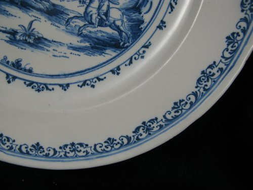 Early 18th century French Moustiers faience plate -