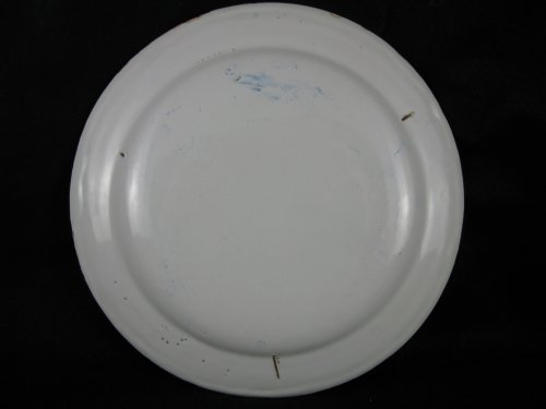Early 18th century French Moustiers faience plate - Louis XIV