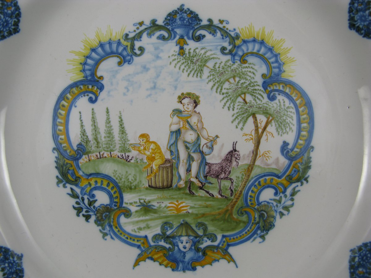 18th century french moustiers faience plate. Black Bedroom Furniture Sets. Home Design Ideas