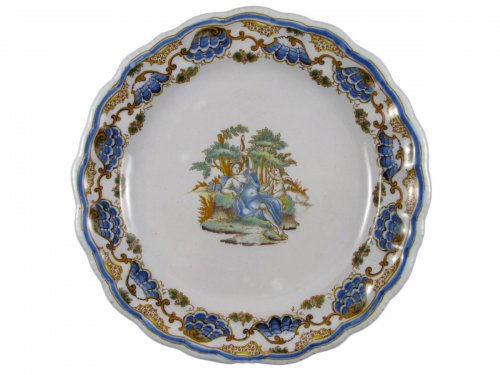 Plate in faience of Lyon, 18th century