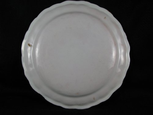 Plate in faience of Lyon, 18th century - Louis XV