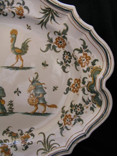 18th century Moustiers Oval platter - Porcelain & Faience Style Louis XV