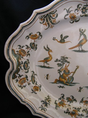 Porcelain & Faience  - 18th century Moustiers Oval platter