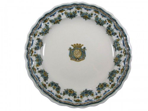 Earthenware plate Moustiers 18th century
