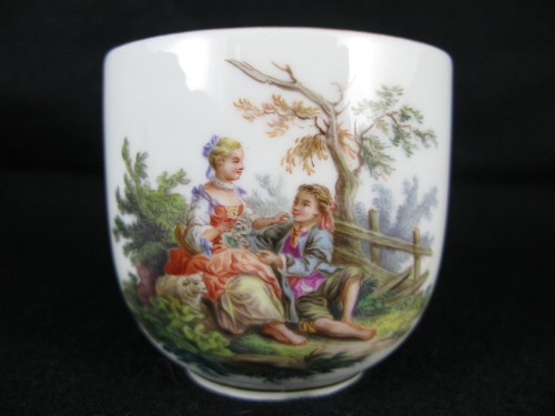 18th century - MEISSEN porcelain cup and saucer, MARCOLINI period