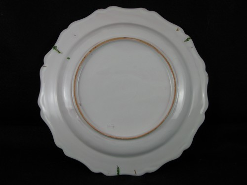 """Plate with """"Fish"""" decoration in 18th century Marseille earthenware. - Louis XV"""