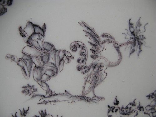 Porcelain & Faience  - Plate with grotesques Moustiers 18th century