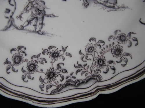 Louis XV - Plate with grotesques Moustiers 18th century