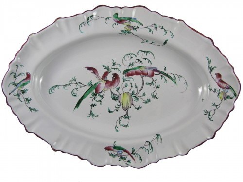 Large 18th century Moustiers faïence dish