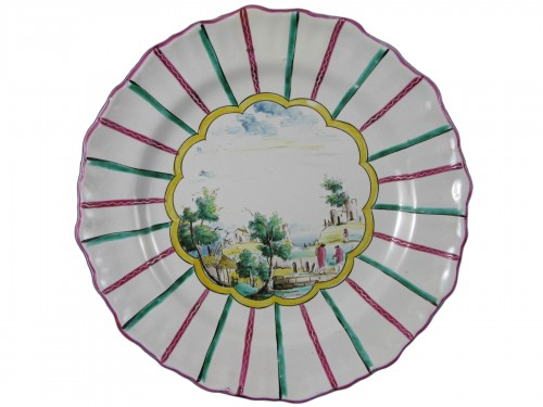 Earthenware plate of Varages 18th century