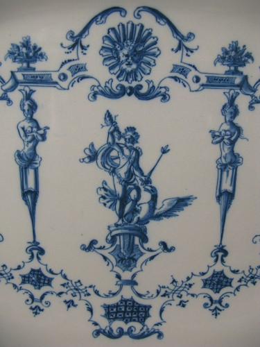 Porcelain & Faience  - Large earthenware dish from Moustiers 18th century