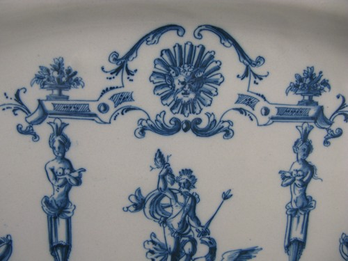 Large earthenware dish from Moustiers 18th century -