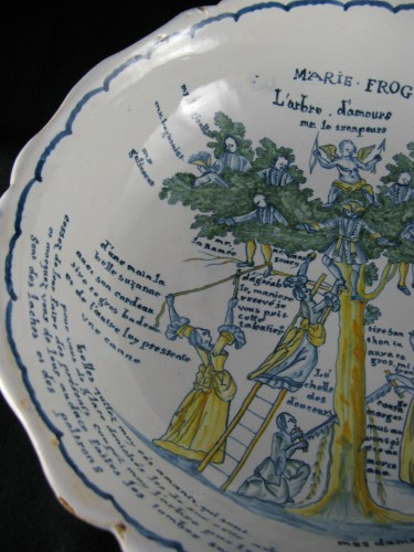 Antiquités - Large bowl decorated with the tree of love in Nevers earthenware - 18th century