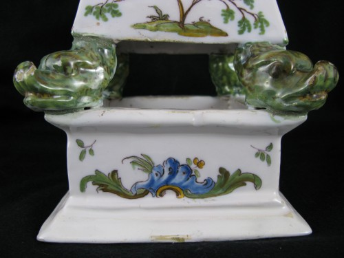 Antiquités - Large 18th century Moustiers earthenware watch holder