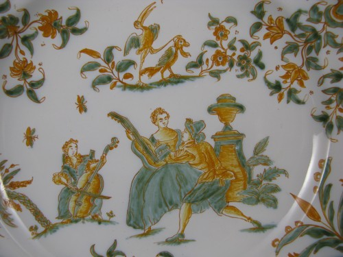 Porcelain & Faience  - Plate with decoration of a gallant scene Moustiers 18th century