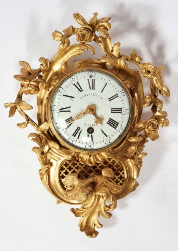 A French gilt bronze small cartel clock - Clocks Style