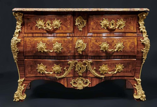 Mobilier Commode - Commode Louis XV estampillée Schwingkens