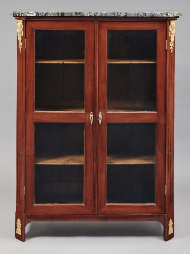 Small display cabinet of Louis XVI period stamped Nicolas Petit - Furniture Style Louis XVI