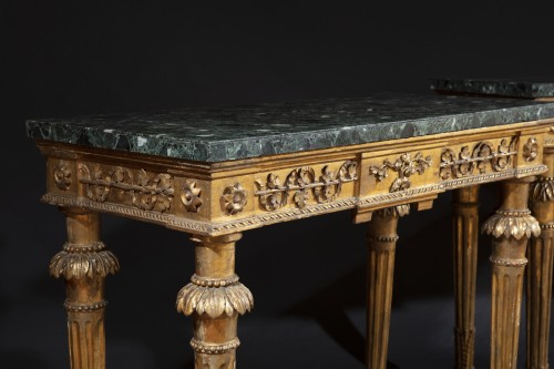Pair of late 18th century  Genoese Consoles - Furniture Style Louis XVI