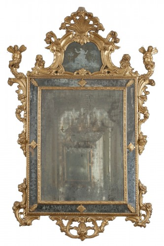 Venetian gilt wood mirror from the mid-eighteenth century
