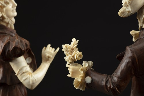 Sculpture  - Pair of 19th century ivory and wood sculptures
