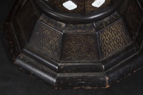 - Pair Of 19th Century Japanese Imari Vases