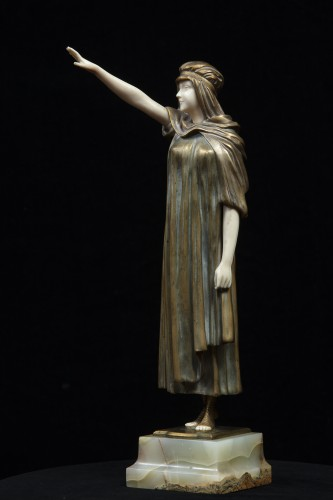 The Farewell - Chryselephantine By Demetre Chiparus - Sculpture Style Art Déco