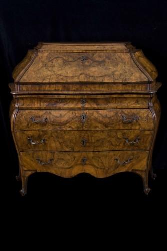 Furniture  - Mobile In Ribalta Lombardo Veneta Mid 18th Century