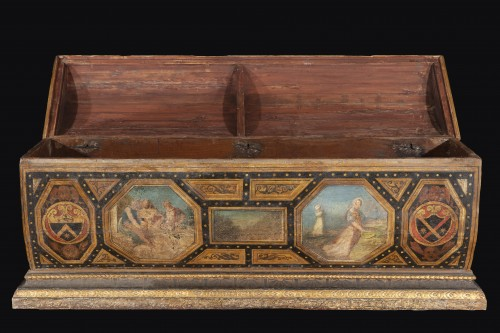 Polychrome Lacquered Wood Wedding Chest - Furniture Style Renaissance