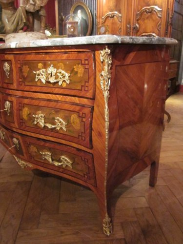 Furniture  - A Louis XV commode