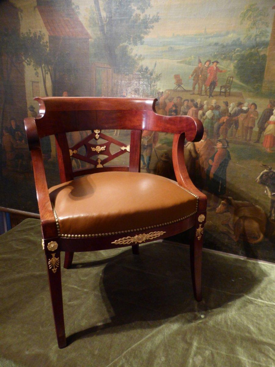 fauteuil de bureau poque restauration xixe. Black Bedroom Furniture Sets. Home Design Ideas