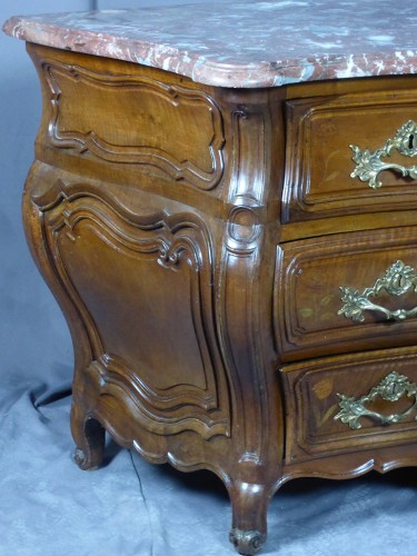 Antiquités - Commode tombeau époque Louis XV