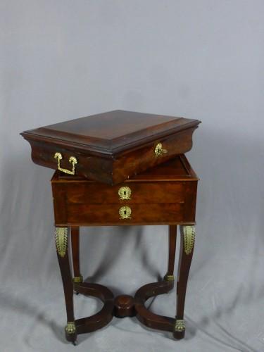 Mahogany and veneer table, early 19th century - Empire